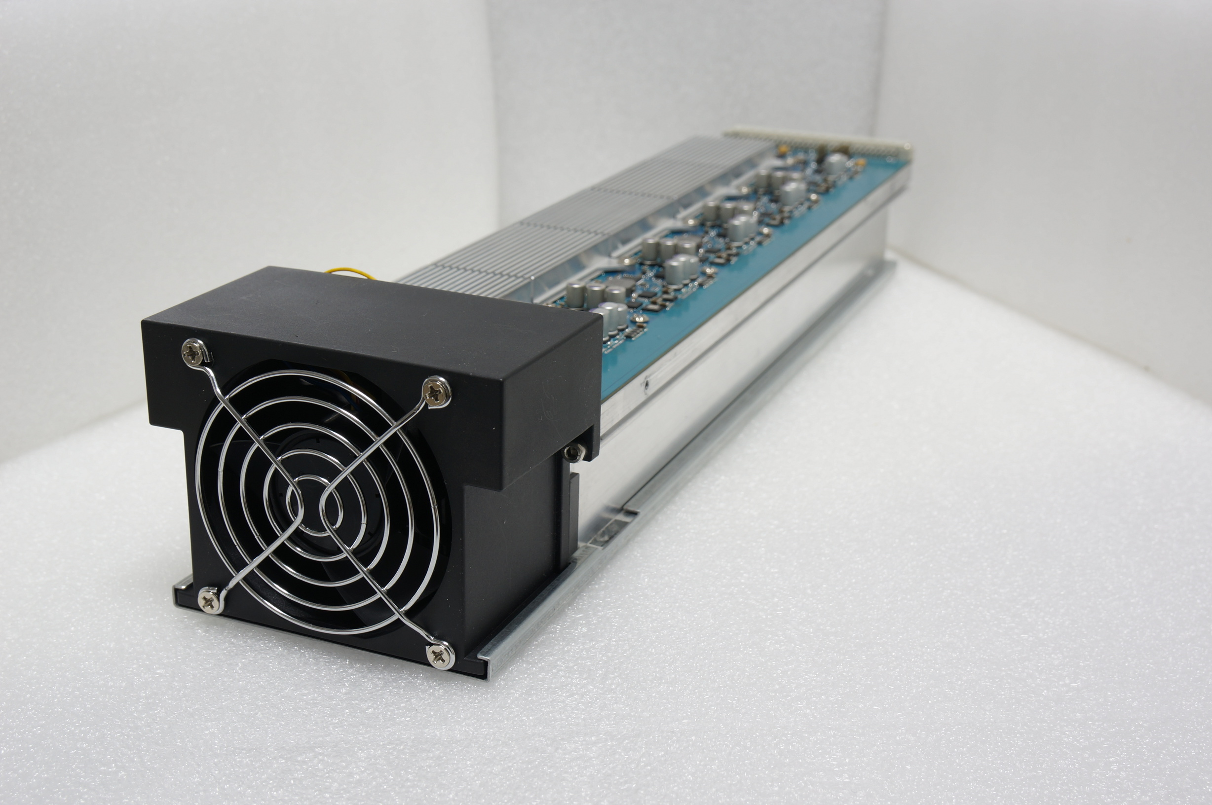 Avalon2-modular-FAN-side.jpg